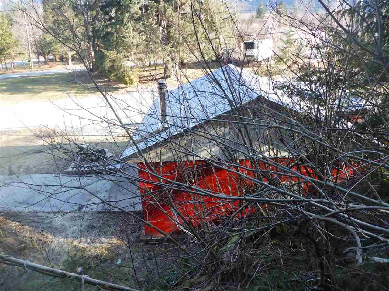 Photo 4: Photos: 267 MACKENZIE 20 Highway in Bella Coola: Bella Coola/Hagensborg House for sale (Williams Lake (Zone 27))  : MLS®# R2431951