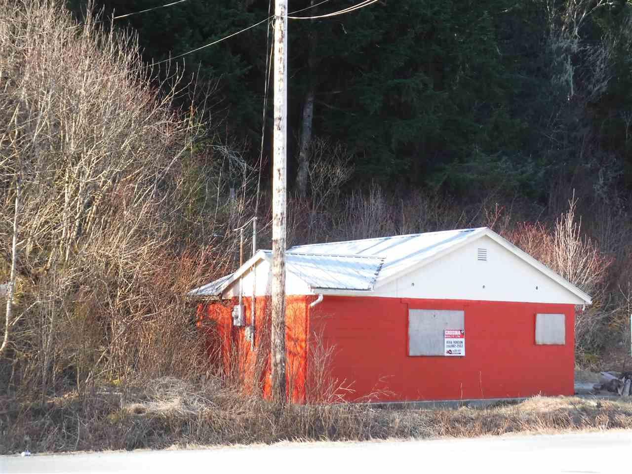 Photo 2: Photos: 267 MACKENZIE 20 Highway in Bella Coola: Bella Coola/Hagensborg House for sale (Williams Lake (Zone 27))  : MLS®# R2431951