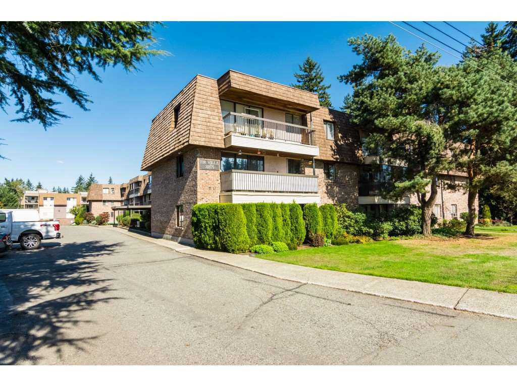 Main Photo: 317 32175 OLD YALE Road in Abbotsford: Abbotsford West Condo for sale : MLS®# R2506792