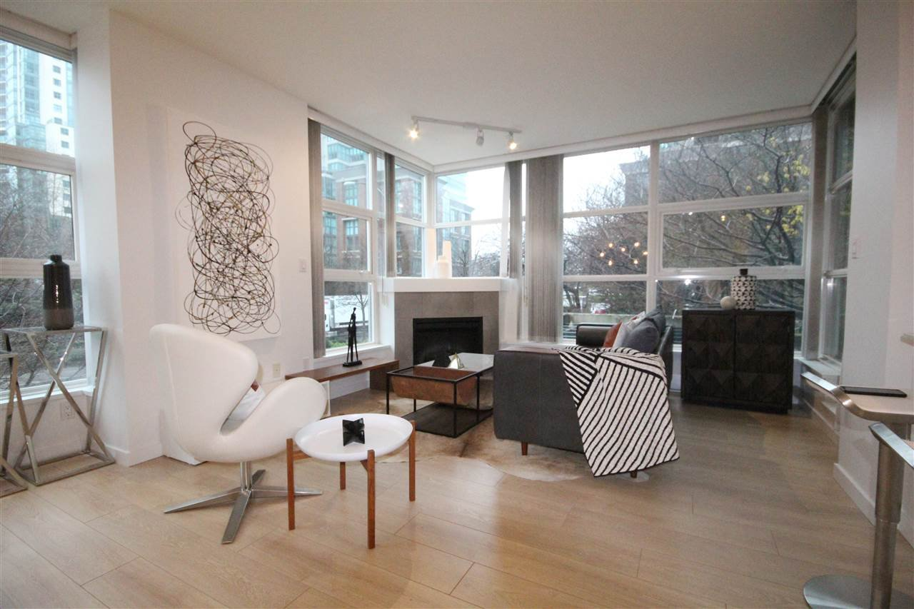 Main Photo: 205 189 NATIONAL Avenue in Vancouver: Downtown VE Condo for sale (Vancouver East)  : MLS®# R2526873
