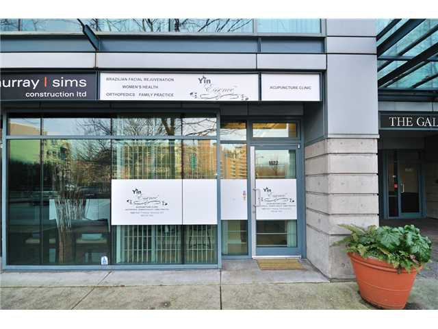 Main Photo: 1622 W 1ST Avenue in VANCOUVER: False Creek Commercial for sale (Vancouver West)  : MLS®# V4034217