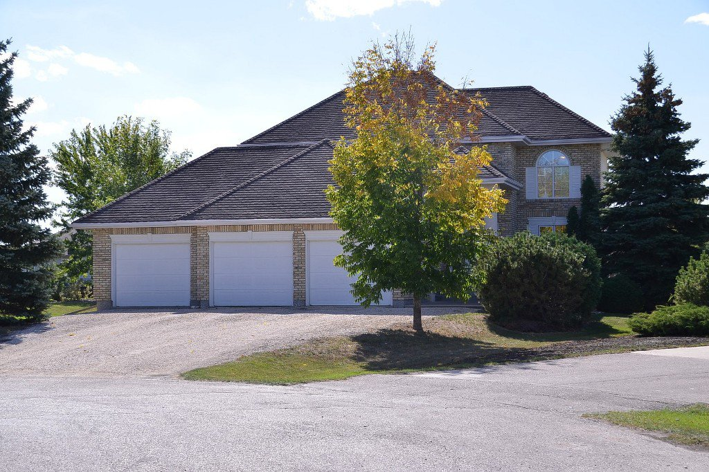 Main Photo: 30 Mulberry Bay in Oakbank: Single Family Detached for sale : MLS®# 1321506