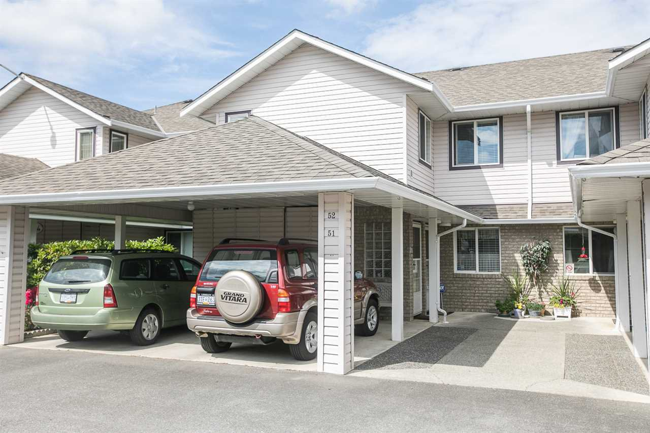 """Main Photo: 52 15020 66A Avenue in Surrey: East Newton Townhouse for sale in """"SULLIVAN MEWS - FELLOWSHIP MEWS"""" : MLS®# R2388139"""