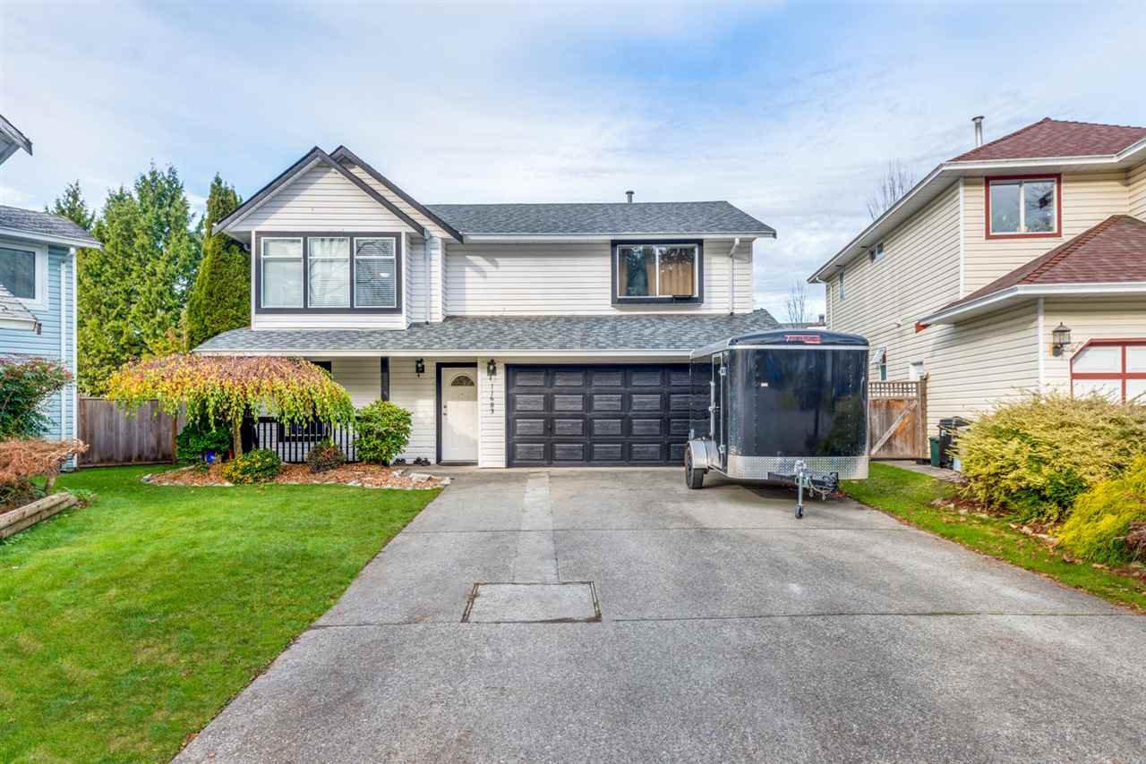 Main Photo: 11683 202A Street in Maple Ridge: Southwest Maple Ridge House for sale : MLS®# R2419830