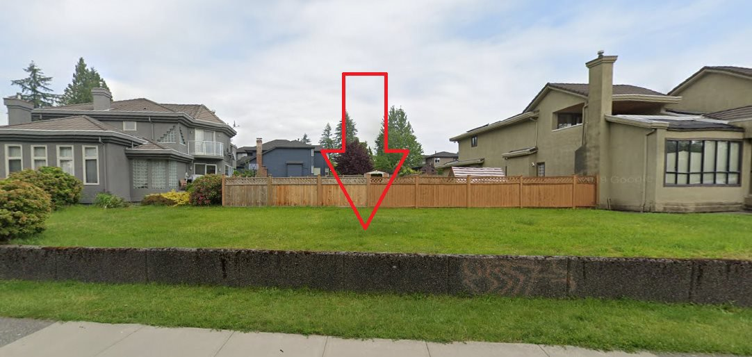 Main Photo:  in Coquitlam: Central Coquitlam House for sale : MLS®# R2444430