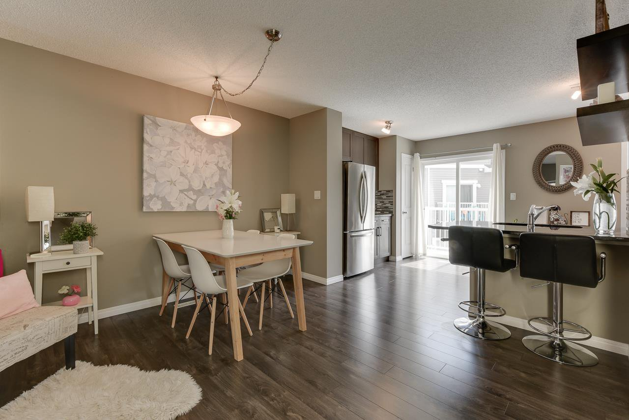 Main Photo: 38 1140 CHAPPELLE Boulevard in Edmonton: Zone 55 Townhouse for sale : MLS®# E4199092