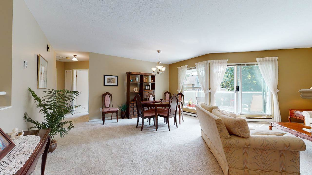 """Photo 26: Photos: 33 9914 148 Street in Surrey: Guildford Townhouse for sale in """"High Point Court"""" (North Surrey)  : MLS®# R2489629"""
