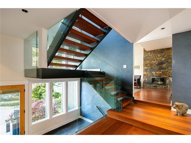 Photo 2: Photos: 5190 REDONDA Drive in North Vancouver: Canyon Heights NV House for sale : MLS®# V1009017