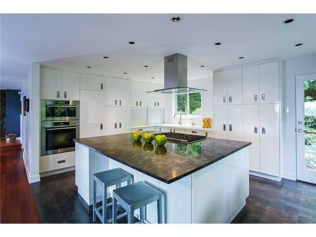 Photo 6: Photos: 5190 REDONDA Drive in North Vancouver: Canyon Heights NV House for sale : MLS®# V1009017