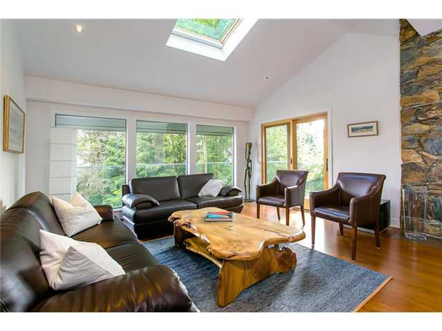 Photo 3: Photos: 5190 REDONDA Drive in North Vancouver: Canyon Heights NV House for sale : MLS®# V1009017
