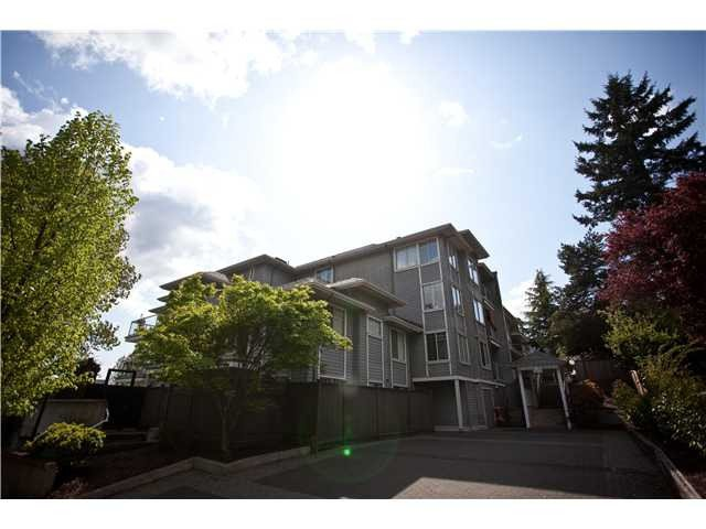 Main Photo: 505 11671 FRASER Street in Maple Ridge: East Central Condo for sale : MLS®# V1009562