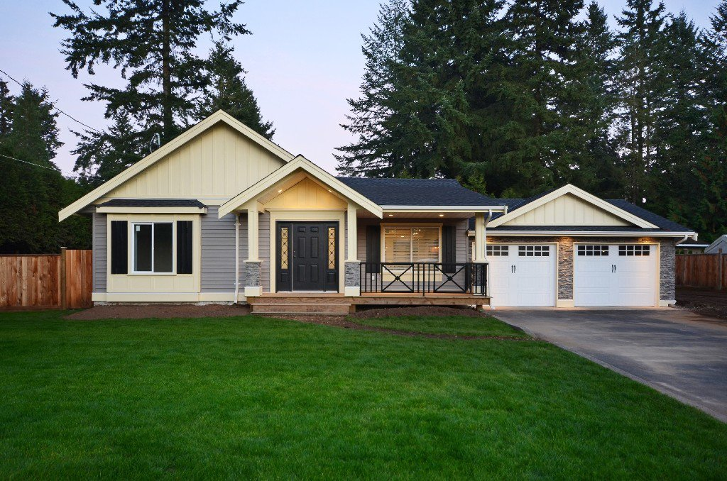 Main Photo: 3988 204th Street in Langley: Brookswood Langley House for sale : MLS®# F1323816