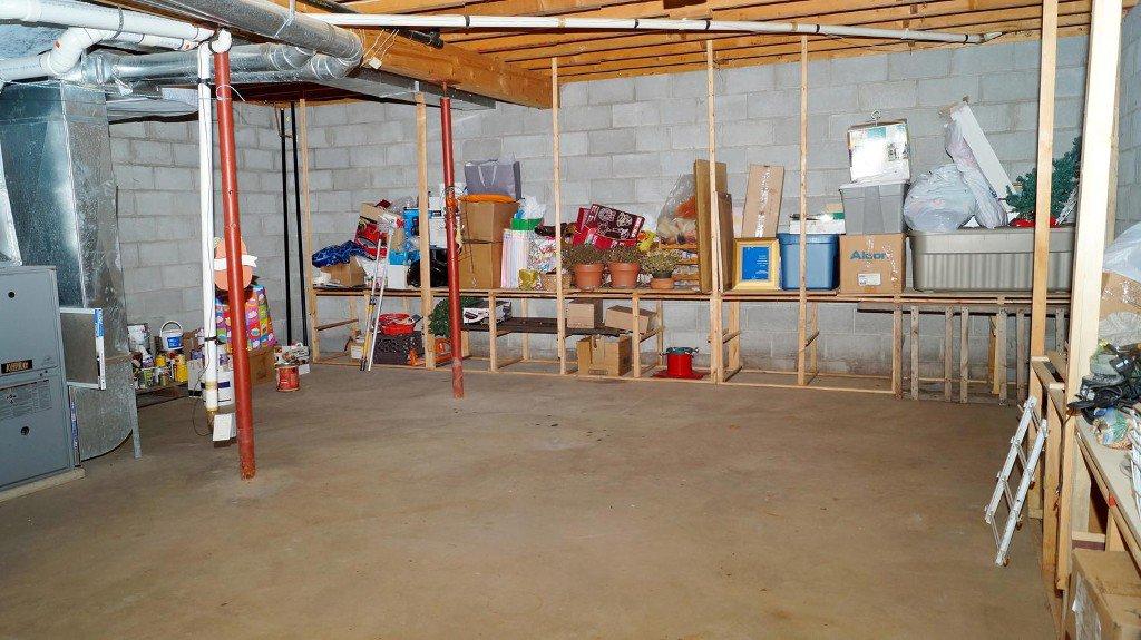 Photo 40: Photos: 52 Armitage Ave in Kawartha Lakes: Freehold for sale : MLS®# X3435239