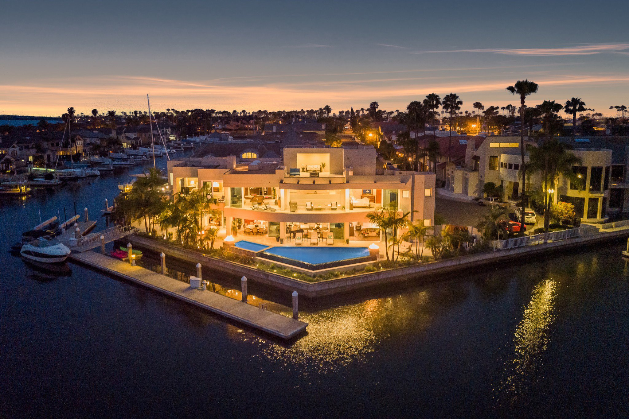 Main Photo: House for sale (9,169)  : 6 bedrooms : 1 Buccaneer Way in Coronado