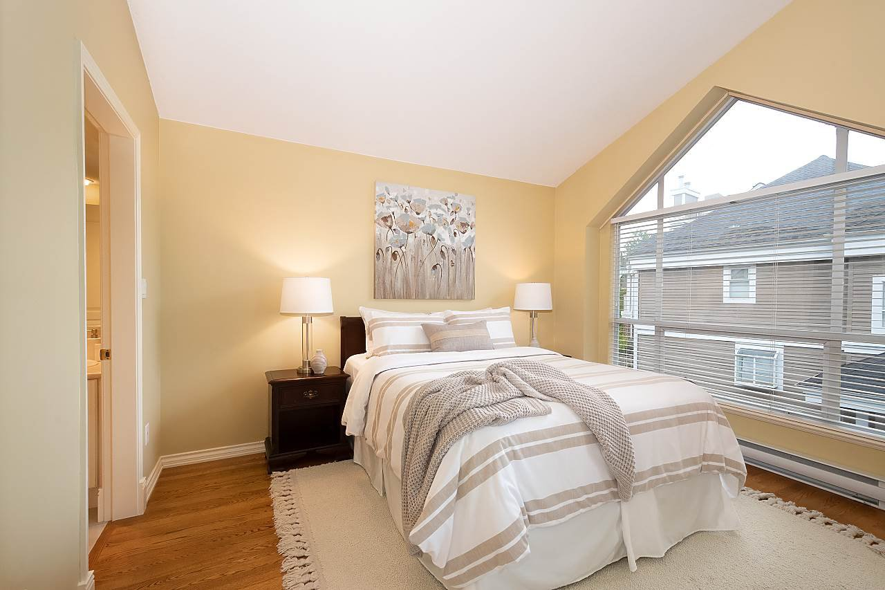 "Photo 15: Photos: 31 5760 HAMPTON Place in Vancouver: University VW Townhouse for sale in ""West Hampstead"" (Vancouver West)  : MLS®# R2408447"