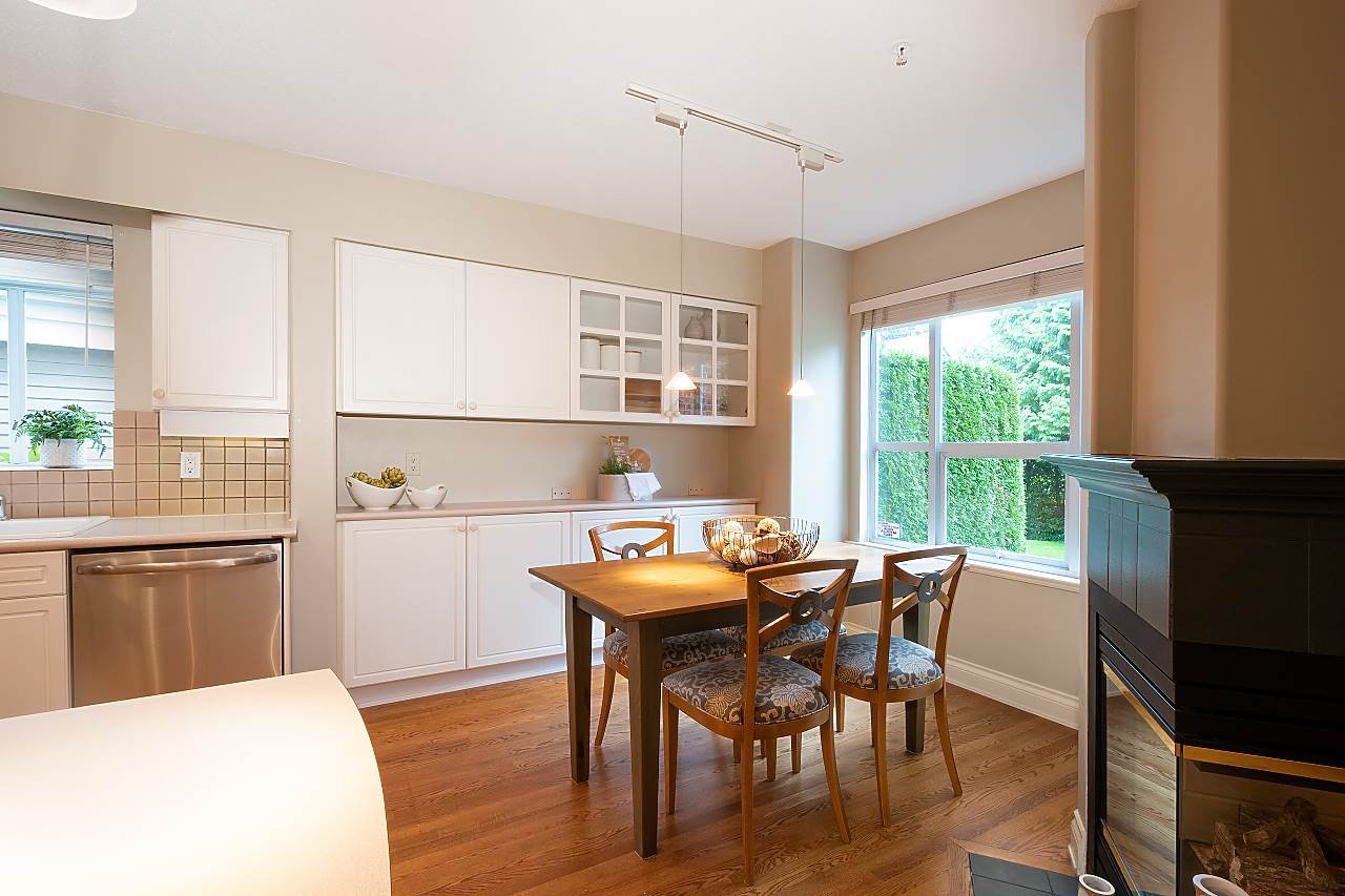 "Photo 9: Photos: 31 5760 HAMPTON Place in Vancouver: University VW Townhouse for sale in ""West Hampstead"" (Vancouver West)  : MLS®# R2408447"