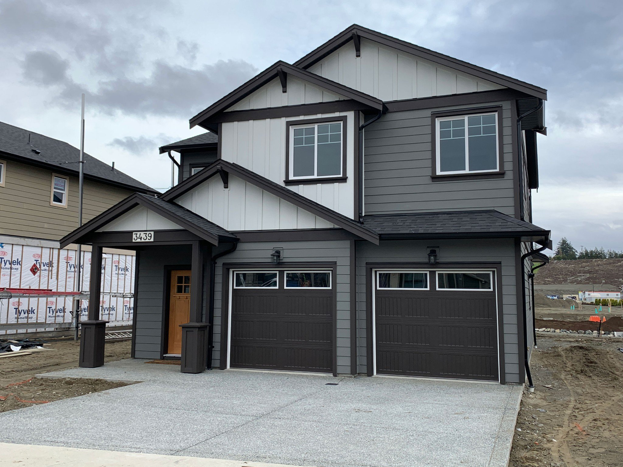 Main Photo: 3439 Sparrowhawk Avenue in : Co Royal Bay Single Family Detached for sale (Colwood)  : MLS®# 419397