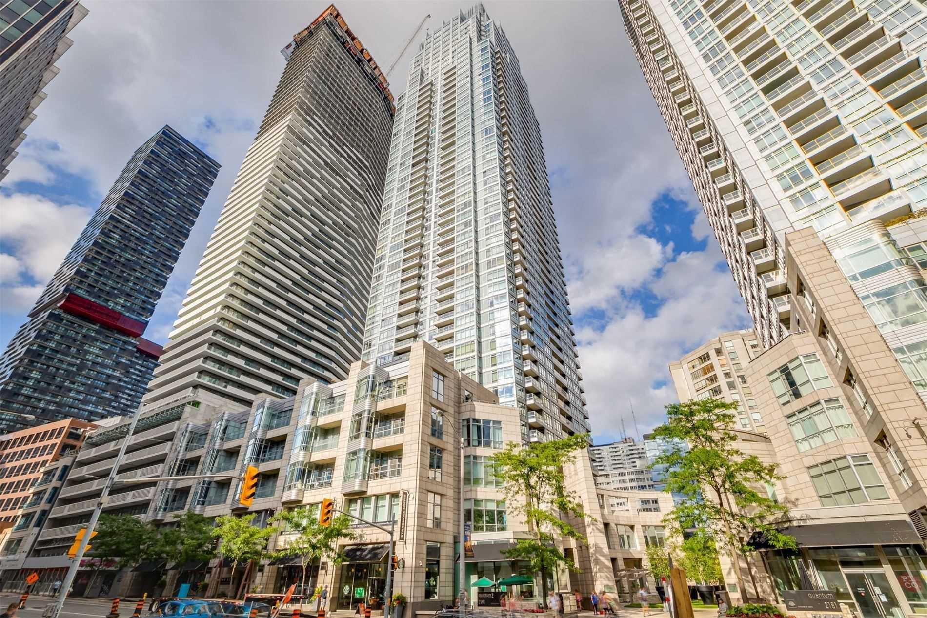 Main Photo: 2906 2191 Yonge Street in Toronto: Mount Pleasant West Condo for sale (Toronto C10)  : MLS®# C4832337