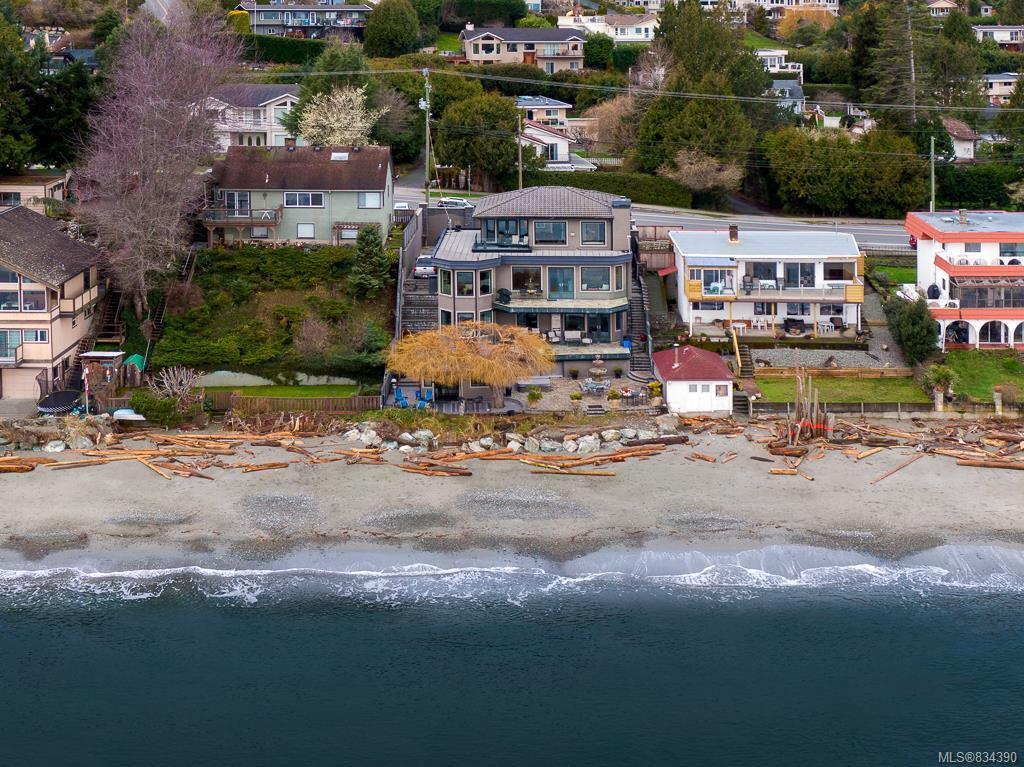 Main Photo: 5051 Cordova Bay Rd in Saanich: SE Cordova Bay Single Family Detached for sale (Saanich East)  : MLS®# 834390