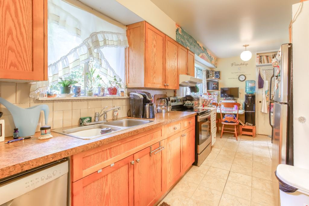 Main Photo: 14742 106A Avenue in Surrey: Guildford House for sale (North Surrey)  : MLS®# R2491088