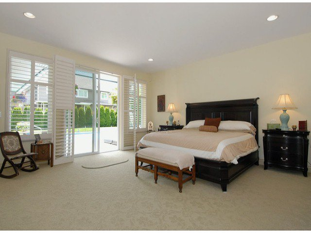 Photo 5: Photos: 17358 2ND AV in Surrey: Pacific Douglas House for sale (South Surrey White Rock)  : MLS®# F1310332