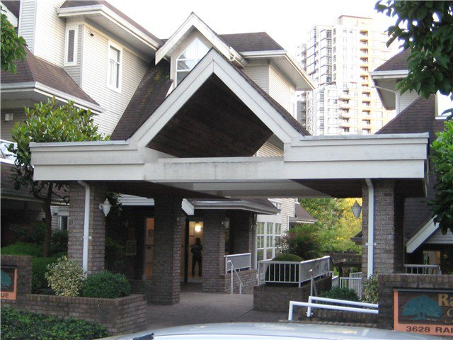 Main Photo: # 310 3638 RAE AV in Vancouver: Collingwood VE Condo for sale (Vancouver East)  : MLS®# V1077287