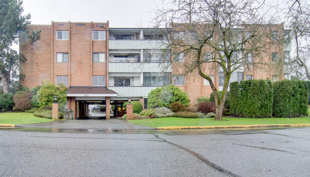 Main Photo: 403 853 Selkirk Avenue in Victoria: Condo for sale : MLS®# 345186