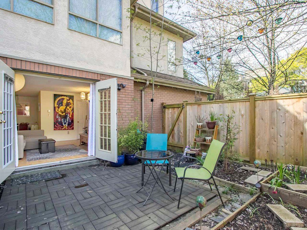Photo 2: Photos: 104 1099 E BROADWAY in Vancouver: Mount Pleasant VE Condo for sale (Vancouver East)  : MLS®# R2159327