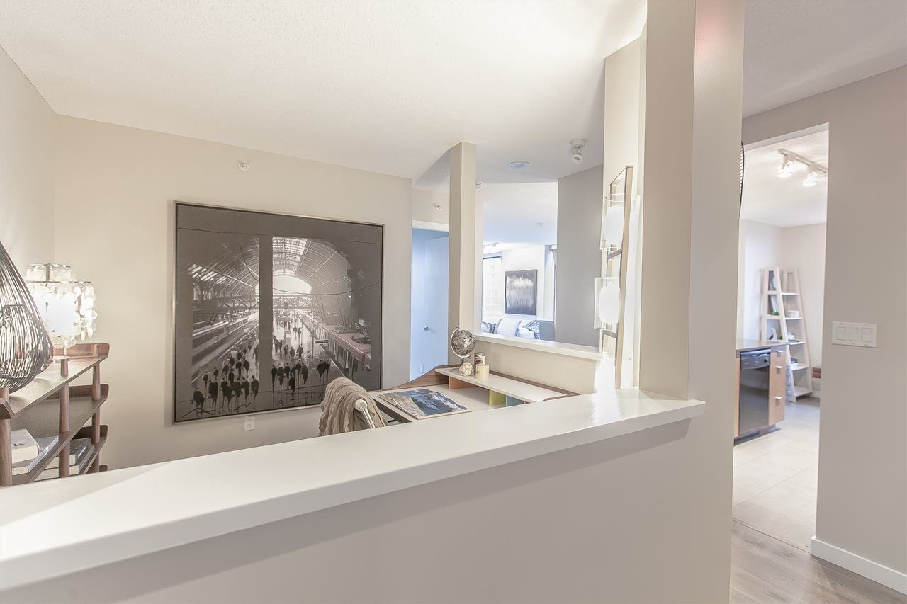 Photo 6: Photos: 602 7063 HALL AVENUE in Burnaby: Highgate Condo for sale (Burnaby South)  : MLS®# R2263240