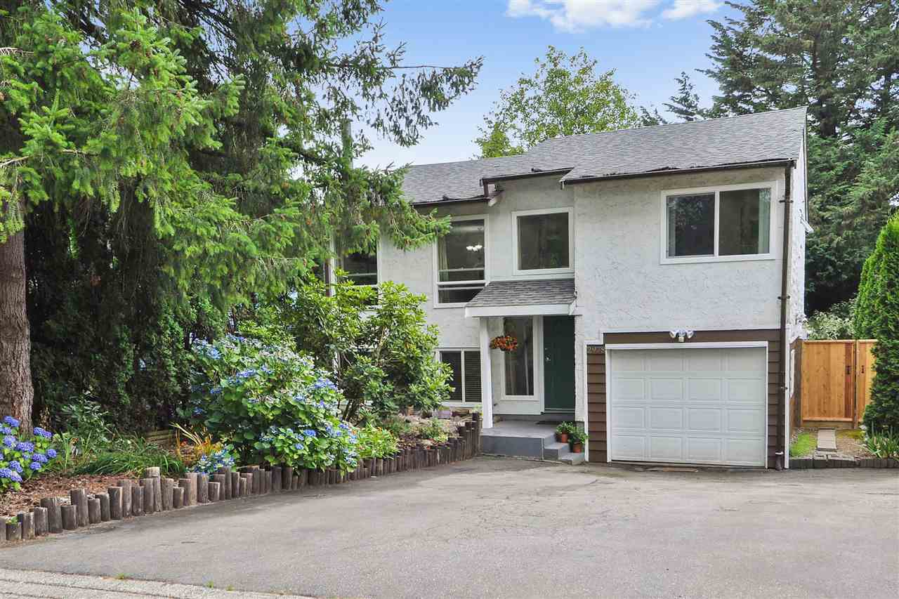 Main Photo: 2978 FLEMING Avenue in Coquitlam: Meadow Brook House for sale : MLS®# R2394473