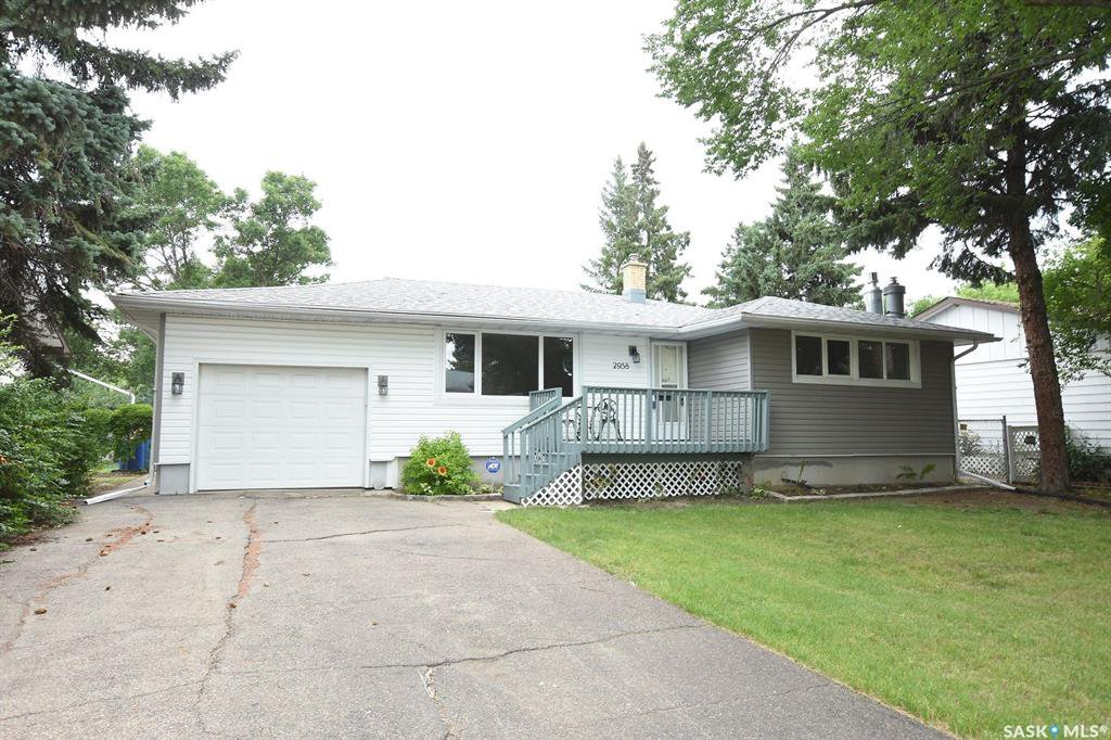 Main Photo: 2958 Lacon Street in Regina: Douglas Place Residential for sale : MLS®# SK786834