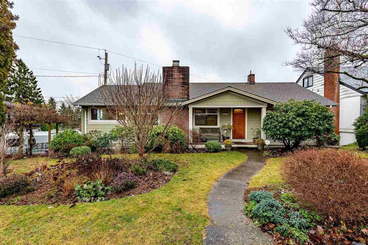 "Main Photo: 310 CHURCHILL Avenue in New Westminster: The Heights NW House for sale in ""Heights"" : MLS®# R2428697"
