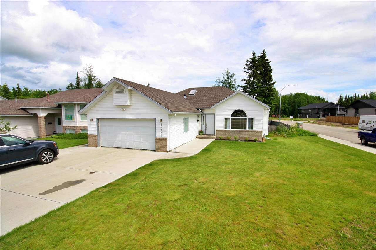 Main Photo: 6326 DAWSON Road in Prince George: Hart Highway House for sale (PG City North (Zone 73))  : MLS®# R2468736
