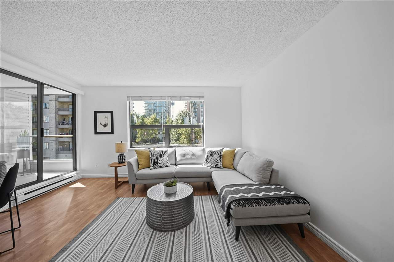"""Main Photo: 406 1080 BROUGHTON Street in Vancouver: West End VW Condo for sale in """"Broughton Terrace"""" (Vancouver West)  : MLS®# R2497773"""