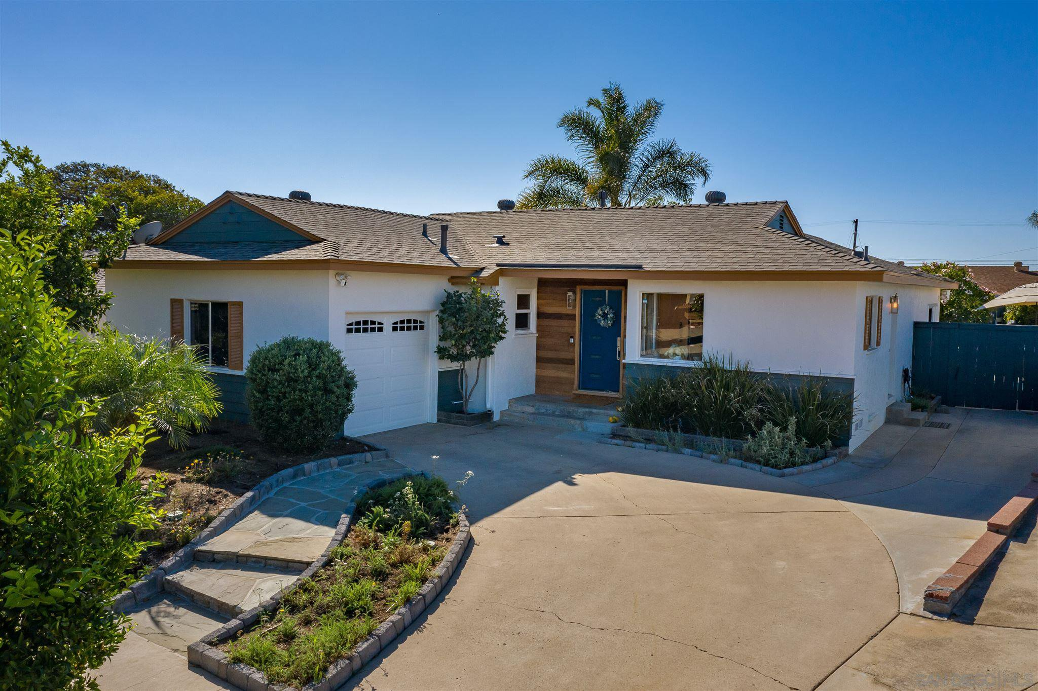 Main Photo: House for sale : 4 bedrooms : 6152 Estrella Ave in San Diego