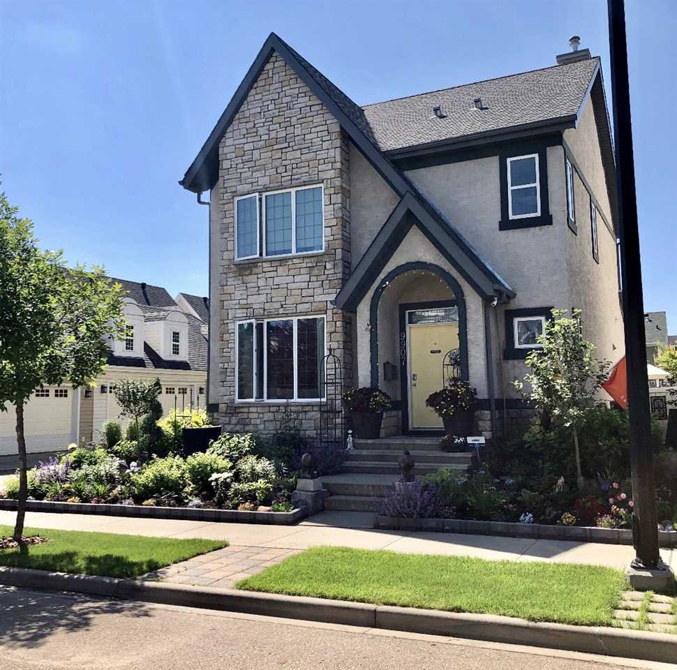 Main Photo: 9907 144 Avenue NW in Edmonton: Zone 27 House for sale : MLS®# E4220736