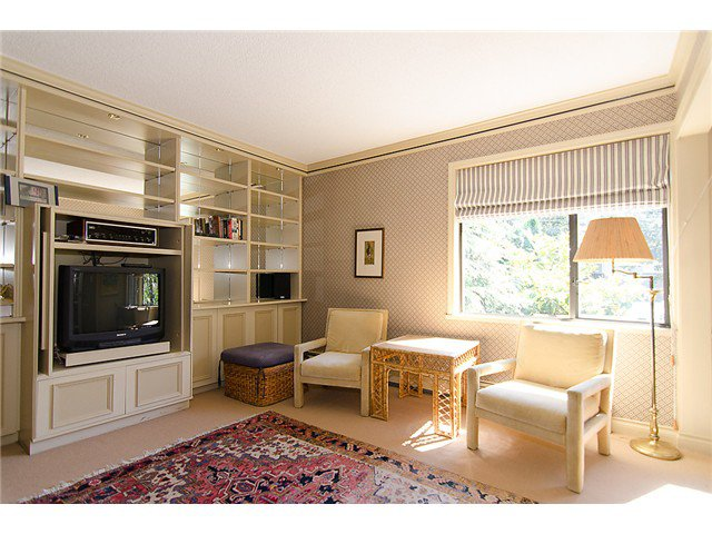 Photo 8: Photos: 2014 W 13TH Avenue in Vancouver: Kitsilano House 1/2 Duplex for sale (Vancouver West)  : MLS®# V968652