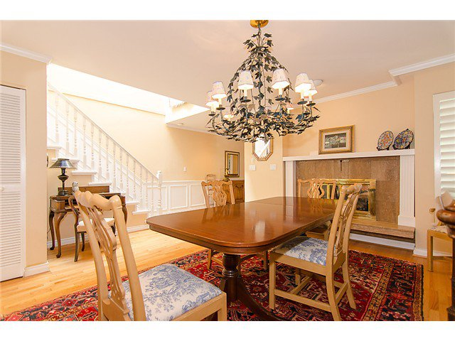 Photo 4: Photos: 2014 W 13TH Avenue in Vancouver: Kitsilano House 1/2 Duplex for sale (Vancouver West)  : MLS®# V968652