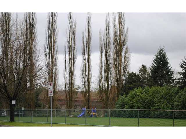"""Photo 10: Photos: 113 3420 BELL Avenue in Burnaby: Sullivan Heights Condo for sale in """"BELL PARK TERRACE"""" (Burnaby North)  : MLS®# V969478"""