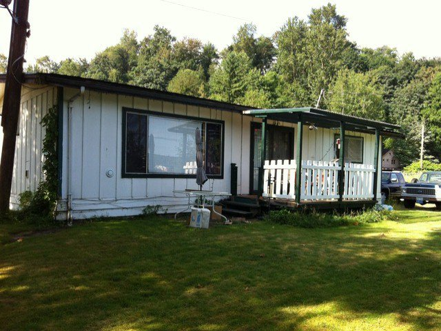 Photo 7: Photos: 34520 4TH AV in Abbotsford: Poplar House for sale : MLS®# F1316231