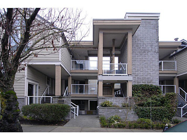 Main Photo: 103 953 W 8th Avenue in Vancouver: Fairview VW Townhouse for sale (Vancouver West)  : MLS®# v1043505
