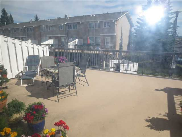 Photo 10: Photos: 13 116 SILVER CREST Drive NW in Calgary: Silver Springs Townhouse for sale : MLS®# C3630734