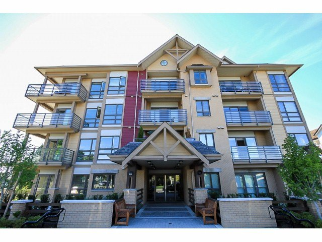 Main Photo: 309 5811 177B Street in Cloverdale: Cloverdale BC Condo for sale : MLS®# F1321598