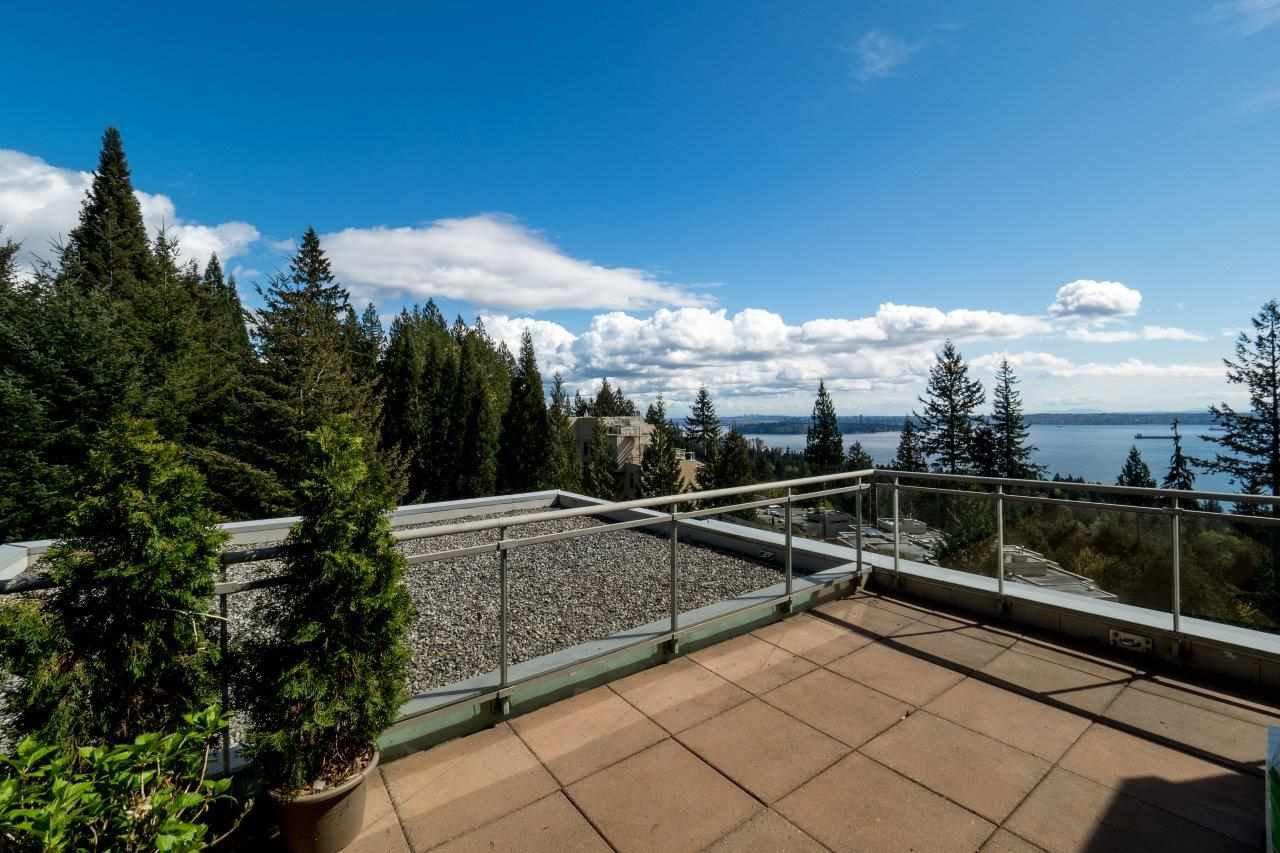 Photo 18: Photos: 702 3105 DEER RIDGE DRIVE in West Vancouver: Deer Ridge WV Condo for sale : MLS®# R2053638