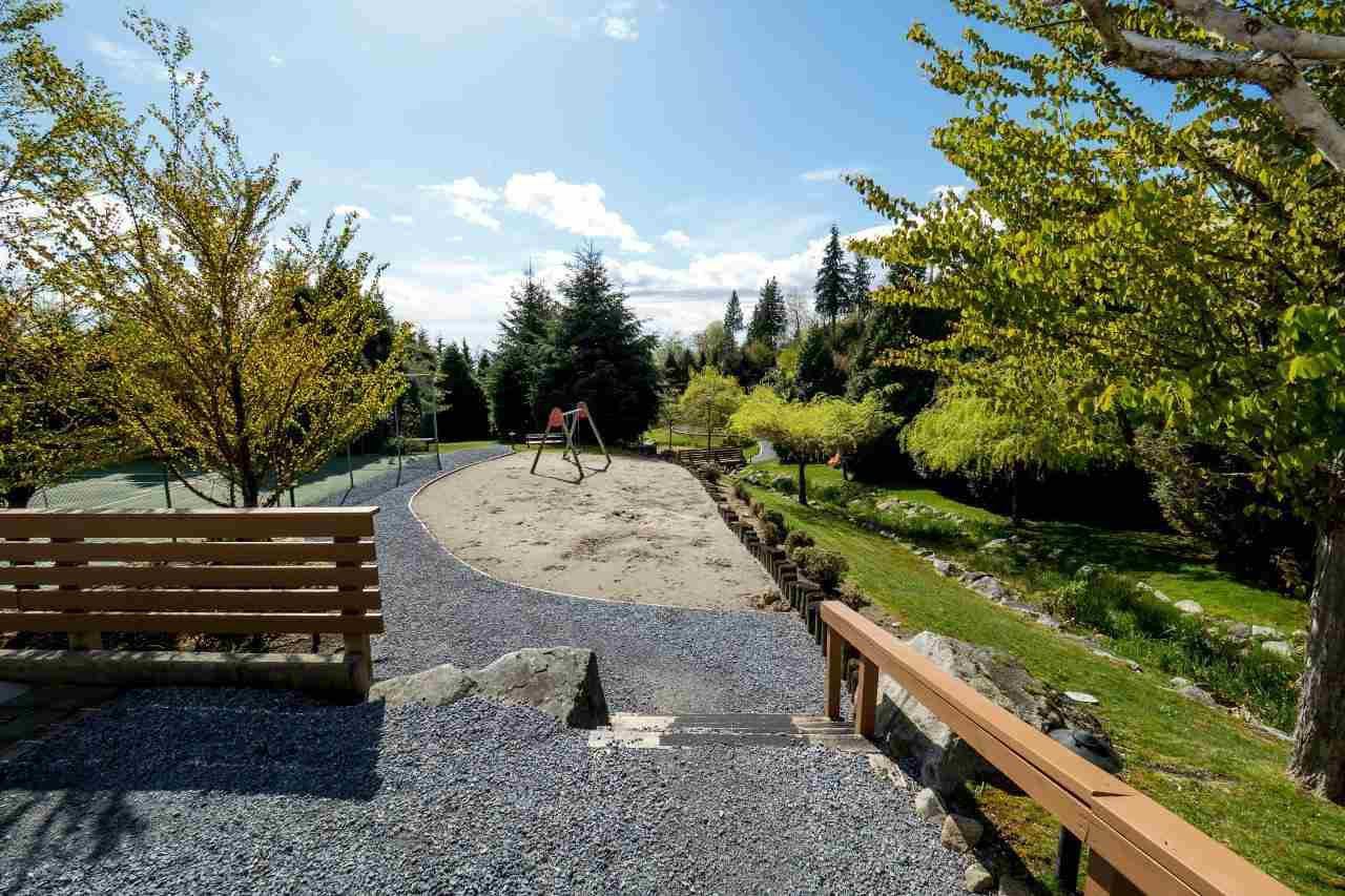 Photo 15: Photos: 702 3105 DEER RIDGE DRIVE in West Vancouver: Deer Ridge WV Condo for sale : MLS®# R2053638