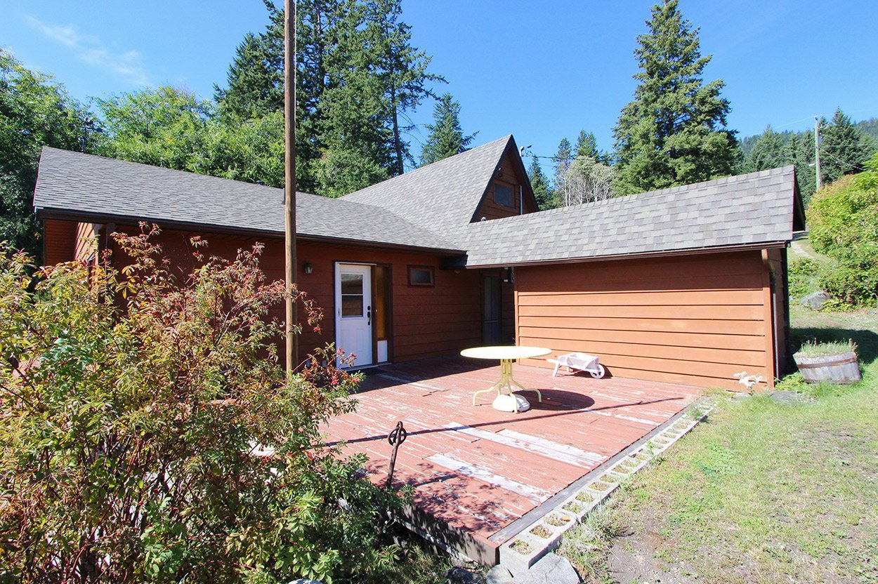 Photo 19: Photos: 1457 Little Shuswap Lake Road in Chase: Little Shuswap Lake House for sale : MLS®# 10191524