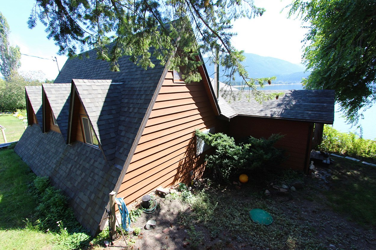 Photo 12: Photos: 1457 Little Shuswap Lake Road in Chase: Little Shuswap Lake House for sale : MLS®# 10191524