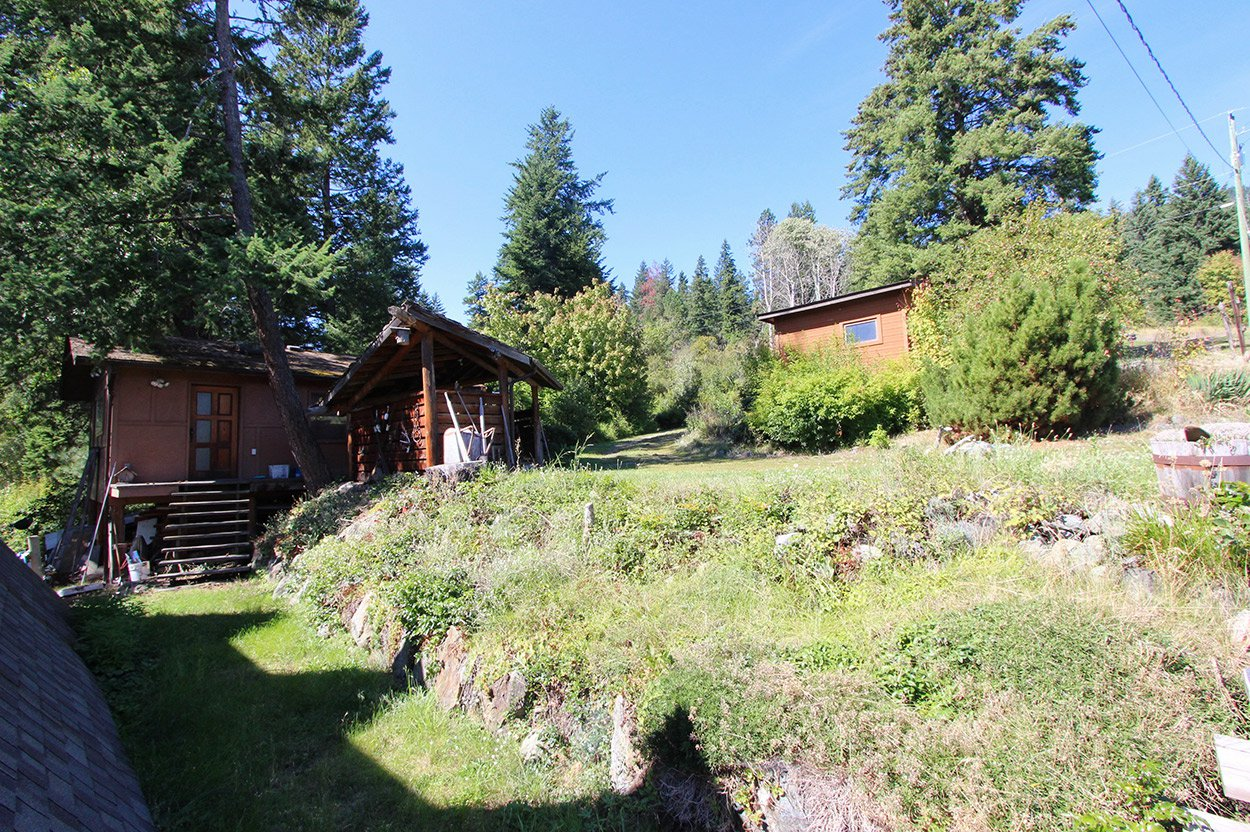 Photo 17: Photos: 1457 Little Shuswap Lake Road in Chase: Little Shuswap Lake House for sale : MLS®# 10191524
