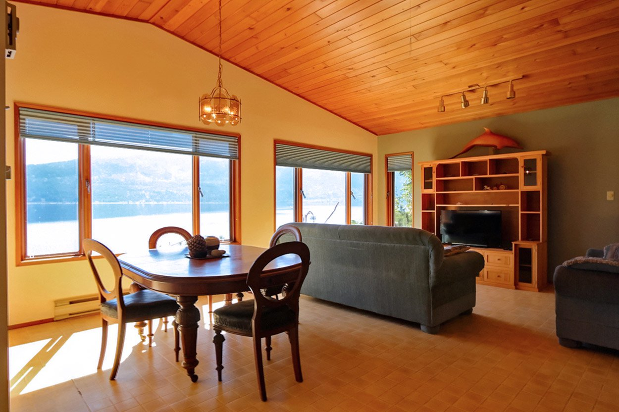 Photo 25: Photos: 1457 Little Shuswap Lake Road in Chase: Little Shuswap Lake House for sale : MLS®# 10191524