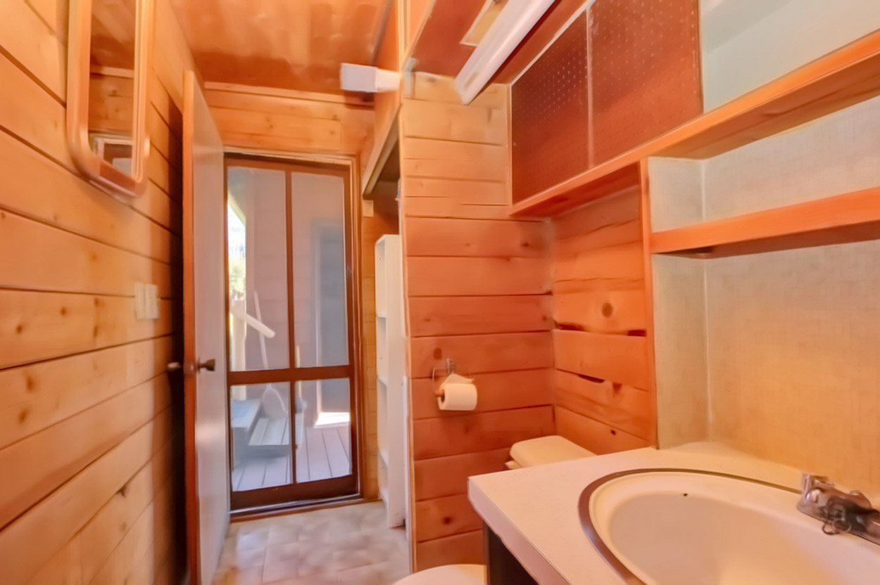 Photo 31: Photos: 1457 Little Shuswap Lake Road in Chase: Little Shuswap Lake House for sale : MLS®# 10191524